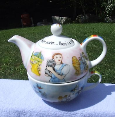 Paul Cardew Wizard of OZ Tea for One China Toto Dorothy Teapot Cup