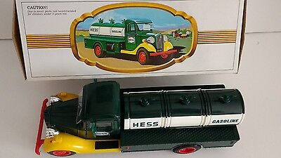 "HESS Tanker-- ""The First Hess Truck"" RED SWITCH. *MINT Condition NOS"