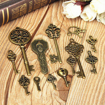 69 pcs Vintage Large Skeleton Keys Antique Bronze Old Look Wedding Decor Set