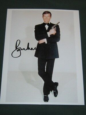 Roger Moore James Bond 007 with Coa Card Photo Signed 8x10