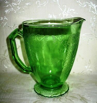 "Hazel Atlas - GREEN Depression Glass, ""Florentine"" Pattern, Footed Pitcher 6.5"""