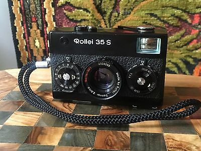 Rollei 35 S Film Camera Sonnar 2.8/40 HFT Lens w/Leather case TESTED 35mm black