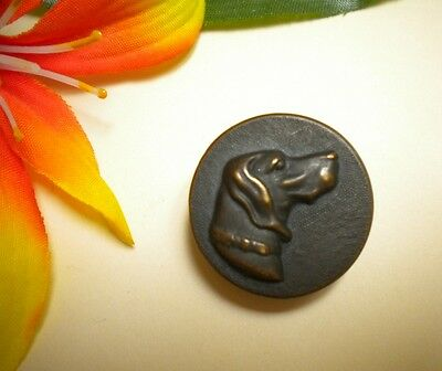 Antique Vtg Dog Head In Relief Metal Hunting Picture Button ~ Paris Back Mark