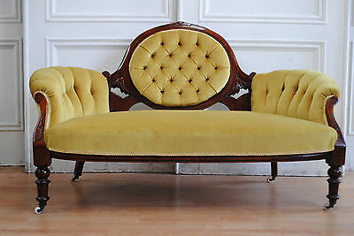 Antique C19th Victorian Mahogany Buttoned Cameo Back Settee - Deep Buttoning