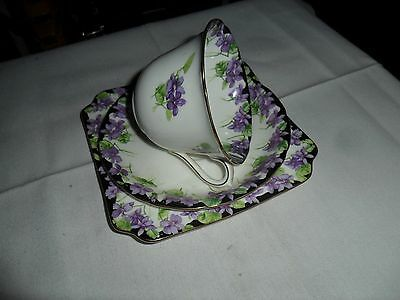 """Royal Doulton """"Violets"""" Trio H3747 Made In England 1930s"""