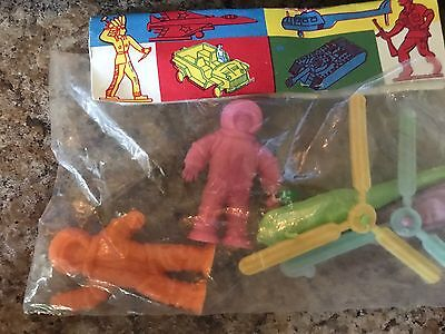 Vintage Plastic Space Playset Gagarin Astronaut Made In Hungary