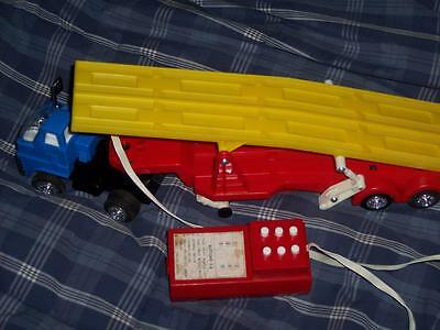 Vintage SEARS BATTERY-POWERED MINI-CAR TRANSPORTER #49-5804 IN ORIGINAL BOX used