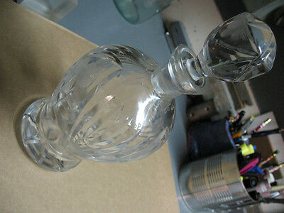CUT  GLASS  DECANTER wSTOPPER 10 '' TALL  4'' WIDE UNMARKED 3 LBS 10 OZ  EXLNT