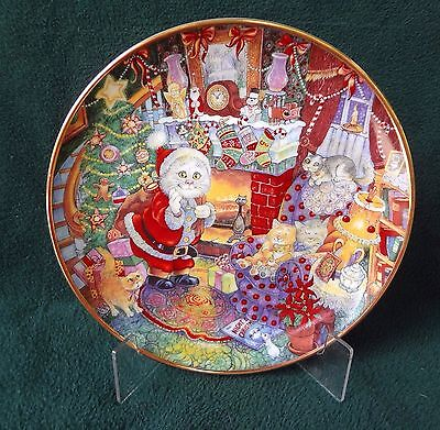 CHRISTMAS CAT PLATE Bill Bell Not A Creature Was Purring