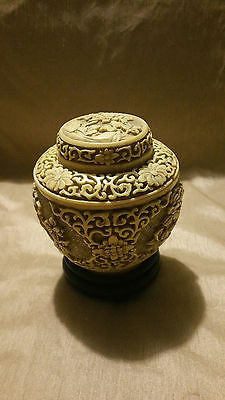 """Antique Vintage Chinese White carved Cinnabar ginger Jar with Lid Enamel 5"""" tall"""