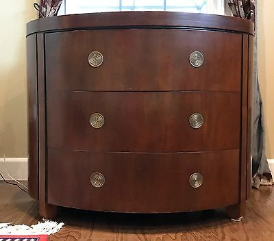 Beautiful Vintage Bakers 3-drawer chest with multiple woods