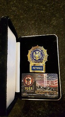 Obsolete Retired Police Detective dupe/copy shield/badge and union card