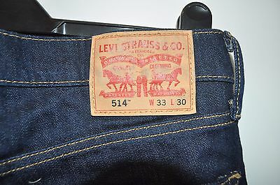 Levi 514 dark blue jeans W 33 L 30 zip fly straight leg