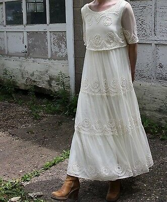 Vintage Lace Wedding Dress Tiered Off-White Gown Sheer Short Sleeve Maxi S