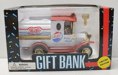 Pepsi Cola Die Cast Metal Delivery Truck Limited Edition Gift Bank 1993 Nib