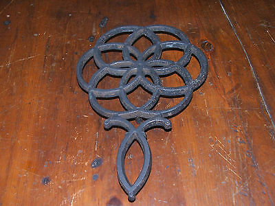 "9"" Cast Iron Wilton Trivet"