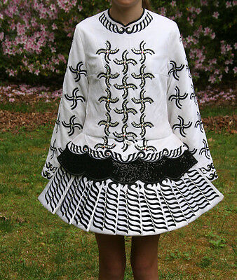 Siopa Rince black & white Irish  Solo Dress - Girls 10/12/14 or juniors small