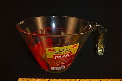 NEW Pyrex 4-Cup Measuring Cup Read from Above Inside Measure Graphics