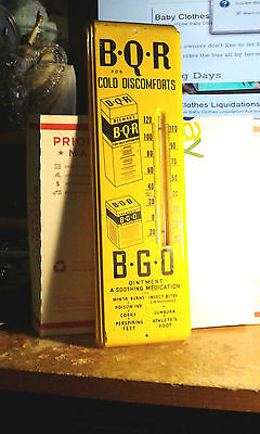 Vintage 1950s Pharmacy Metal Vintage Thermometer Sign B Q R For Cold Discomforts