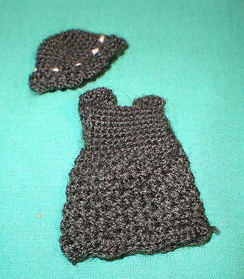 Puppenstubenpuppenkleid dkl.braun/dollhouse doll dress dark brown. 6 cm