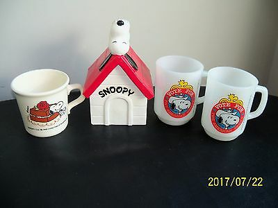 2 VINTAGE 1980 Snoopy Peanuts Anchor Hocking Glass Cups 1958 cup and Coin Bank