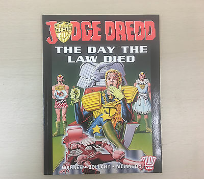 JUDGE DREDD The Day The Law Died: Wagner Bolland McMahon 2000AD/Titan Books 2004