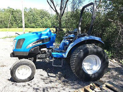 New Holland TC35A 3 point hitch pto diesel 35 horsepower compact tractor great