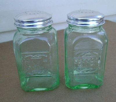 Depression GREEN GLASS Square TALL RANGE SALT & PEPPER SHAKER SET