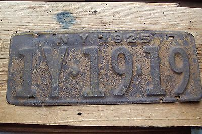 Old Antique 1925 New York   License Plate # 1 Y - 19 - 19