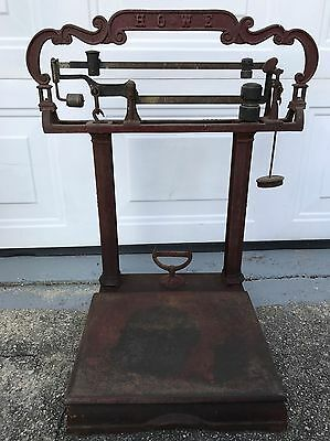 Antique Howe Cast Iron 200lb Platform Scale