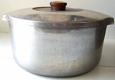 Vintage Aluminum Magnalite Country Collection 5 Quart Covered Dutch Oven 5248