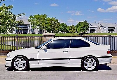 1995 BMW M3 Base Coupe 2-Door 1995 BMW M3 SUNROOF DELETE ALPINE WHITE/DOVE MANUAL VADERS OBD-1 5MT M-CONTOURS