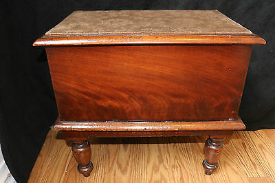 FABULOUS Antique VICTORIAN or Earlier Mahogany SEWING or CHILDS TOY Box Chest