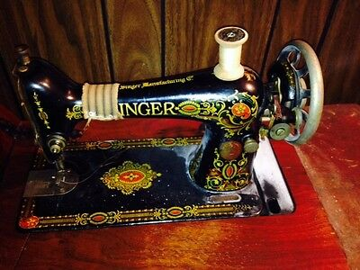 Early 1900's Singer sewing machine