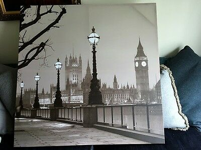 Large Canvas Picture of Westminster Bridge in Black and White Print of Photo