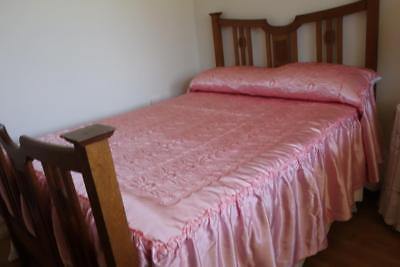 'Vestor' Queen Italian Pink & Blue Sided Embroidered Silky Bedspread