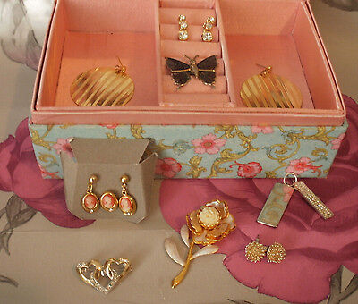 Lovely job lot of vintage 1970s/80s costume jewellery earrings cameo gold Oasis