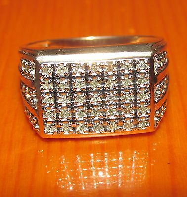 BEAUTIFUL  SECONDHAND  9ct YELLOW GOLD  DIAMOND GENTS BAND RING SIZE V