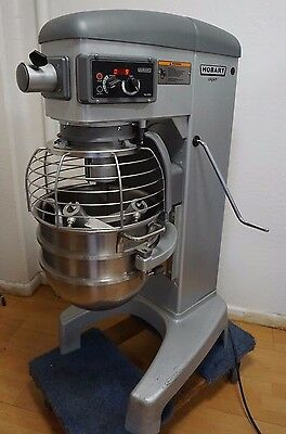 Hobart Legacy HL300 3STD 30Qt Commercial Dough Planetary Mixer, 120v, Great Cond