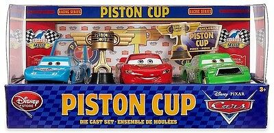 * NEW DISNEY PIXAR CARS PISTON CUP DIE CAST SET 1:43 SCALE - LIGHTNING McQUEEN *