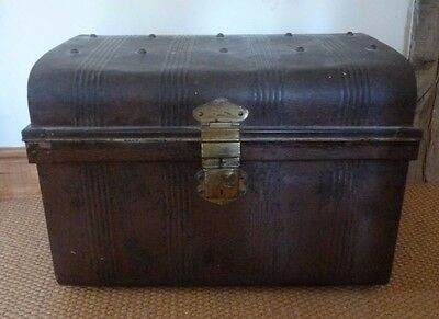 Victorian Antique Metal Luggage/Linen Chest 'Williamson & Sons of Worcester