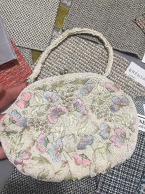 Vintage Purse Beaded Pearls Embroidered Kisslock Evening Floral Satin Lined B2