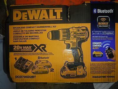 DeWALT 20V Max XR Li-Ion Brushless Compact Hammer Drill Bluetooth Bat DCD796D2BT