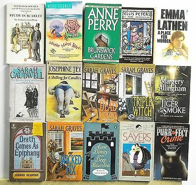 15 books DETECTIVE MYSTERY SUSPENSE Read list inside Lot #A358 Free US S/H