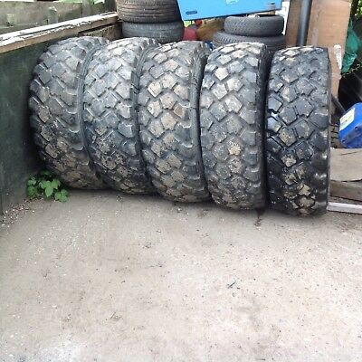 Like New X20 Michelin XLZ 335/80-20 12.5R20  tyres and 8 stud army rims unimog