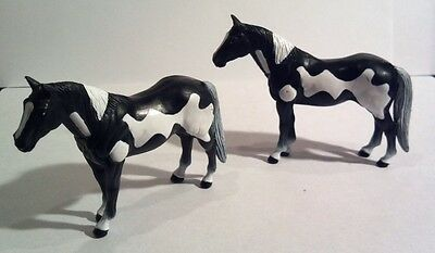 ERTL Horses Black & White Horse Cake Toppers Lot of 2