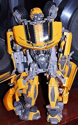 Transformers Ultimate Bumblebee Battle Charged Revenge Of The Fallen Hasbro 2008