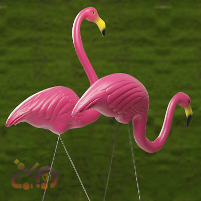 2pcs Plastic Lawn Pond Flamingo Figurine Garden Grassland