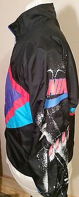 Vintage Retro Nike Windbreaker 80s 90s Design