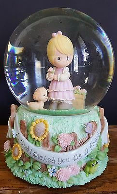 "Precious Moments / ENESCO musical snow globe / waterball - plays ""In the Garden"""